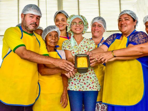Seas realiza oficina de produção de pão de farinha de arroz na Comunidade Rio Piorini