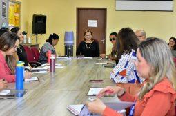 Seas e parceiros definem eixos de trabalho para tratar ações de prevenção à gravidez na adolescência