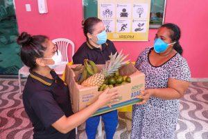 Governo do Estado beneficia famílias com doações de frutas em ação emergencial da Seas e ADS, no bairro Lírio do Vale
