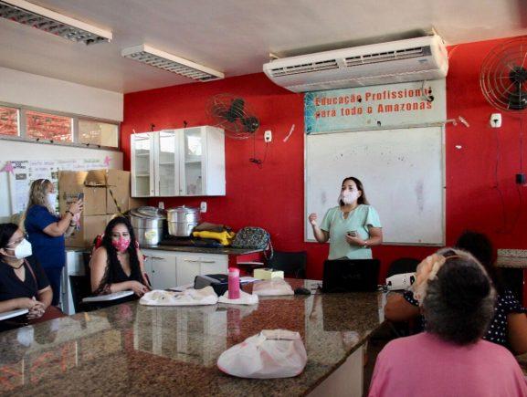 Reeducação alimentar e Dia das Crianças são destaque em atividade no Centro de Convivência da Cidade Nova